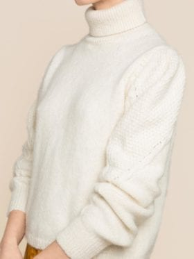 byTiMo Soft Alpaca Turtleneck Off White