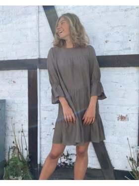 byIDA Bella Dress Mosegrønn